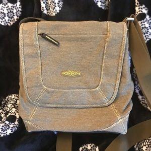 Keen crossbody versatile bag